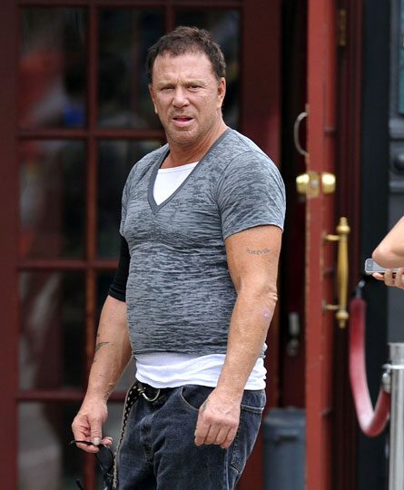shrinking t-shirt mickey rourke